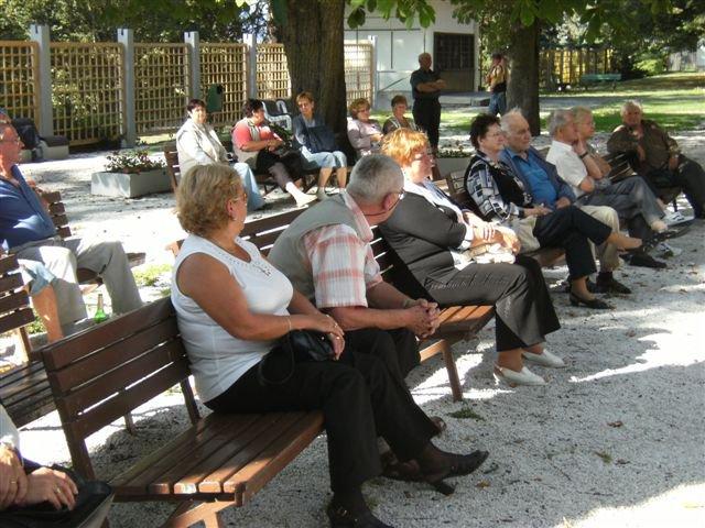 účastníci na koncerte-2